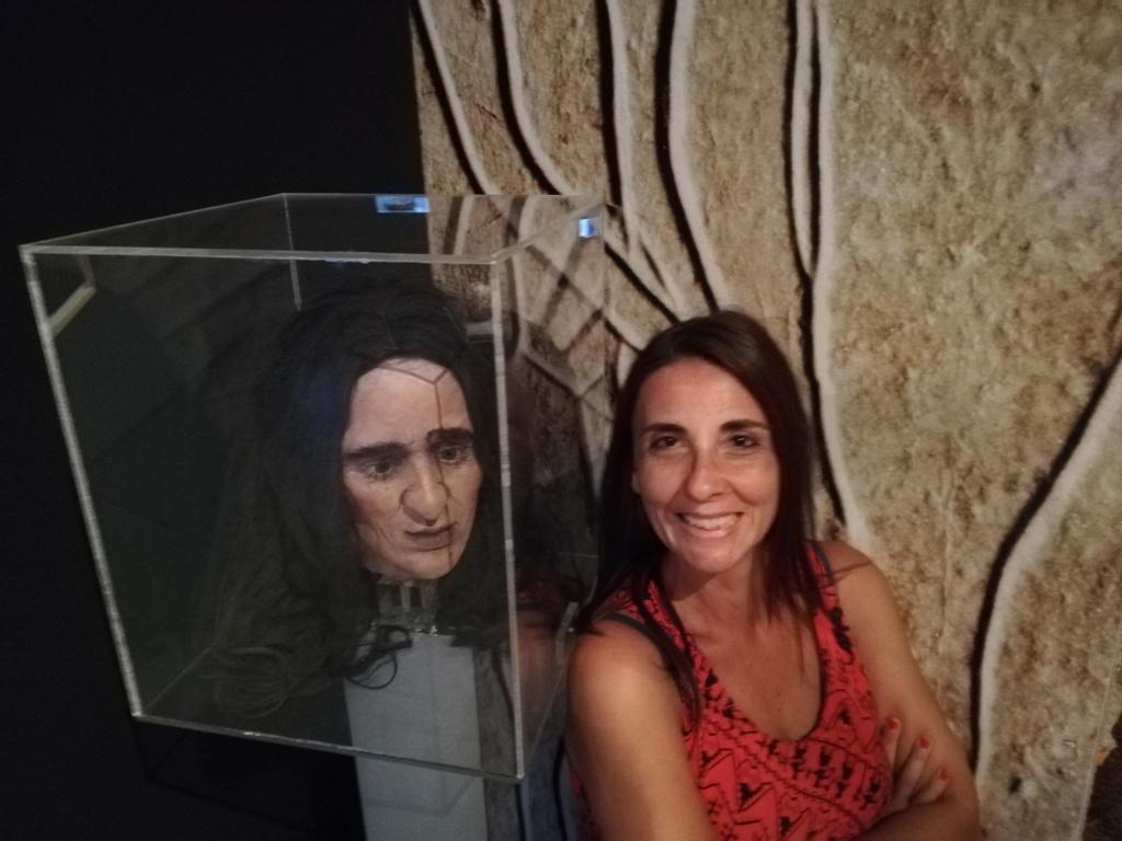 ricostruzione donna paleolitica