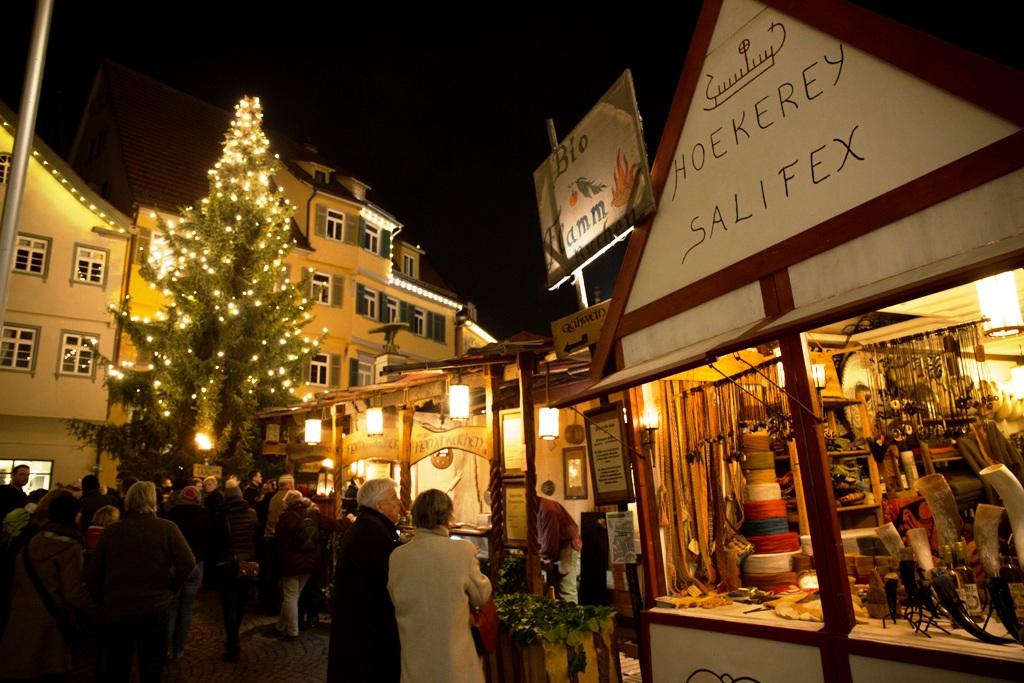 casette di legno nei mercatini di natale in germania