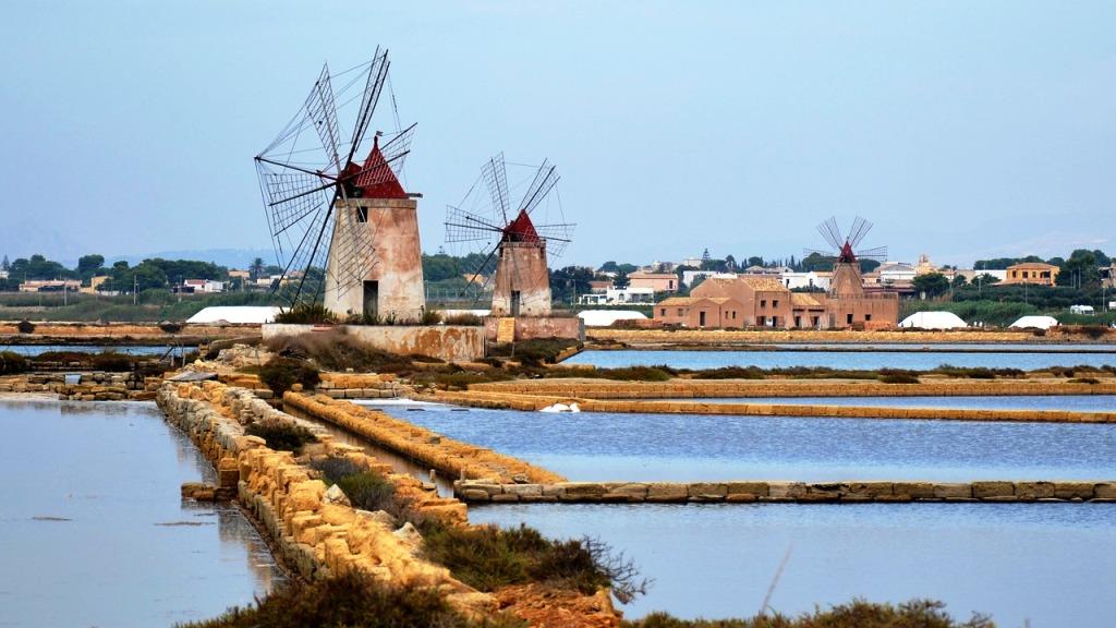 mulini a vento in Sicilia