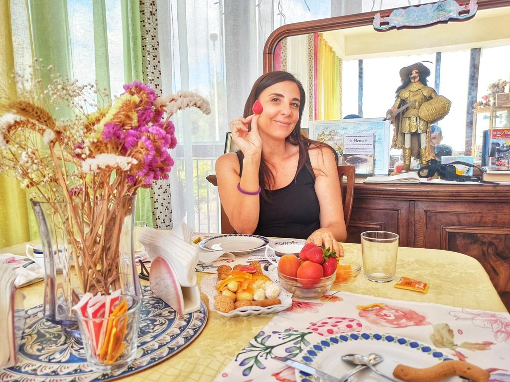 sala colazione vintage al bb pupi catania etna
