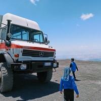 Etna in funivia e in jeep: la salita al vulcano anche con i bambini