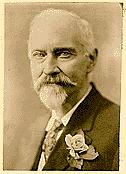 Le Colonel Churchward, auteur du livre