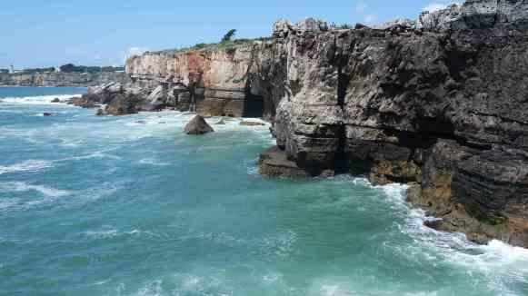 cascais plage falaise lisbonne portugal