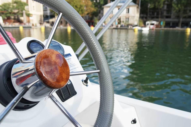 marin d'eau douce canal saint martin bateau sans permis paris (9)