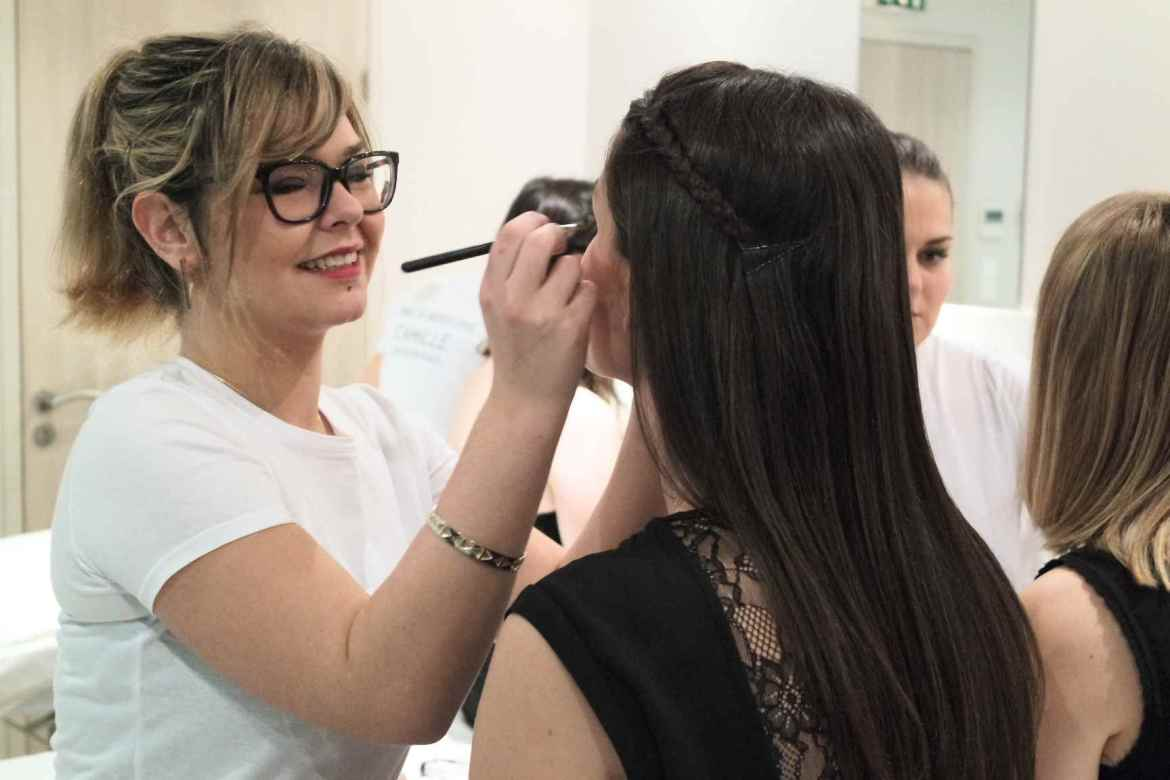 Coulisses maquillage Yves Rocher