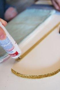 DIY : comment customiser des coussins à la peinture