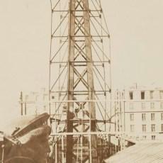 Statue-de-la-Liberte-a-Paris-1