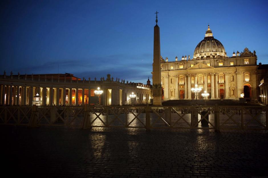 rome-italie-vatican-basilique-place-st-pierre-(24)