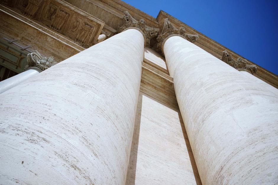 rome-italie-vatican-basilique-place-st-pierre-(9)