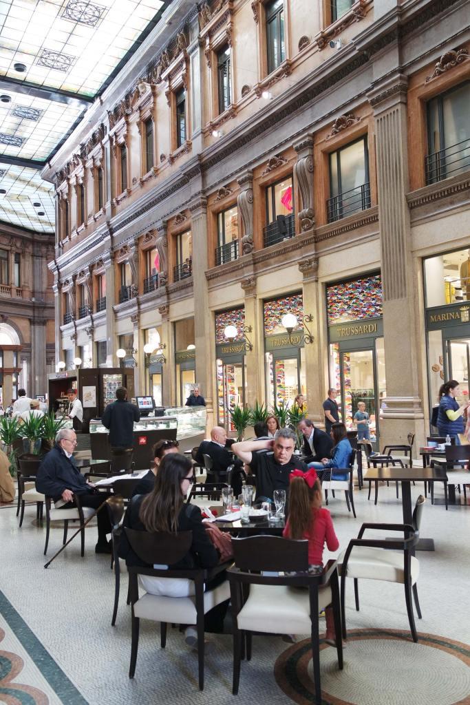 Galleria Alberto Sordi top rome italie