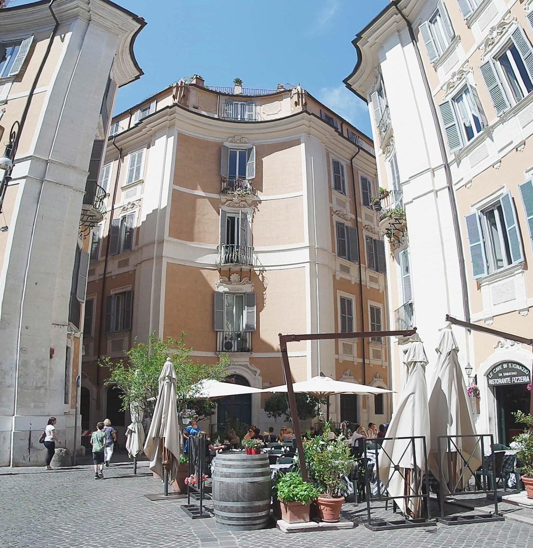La Place di San'Ignazio rome italie