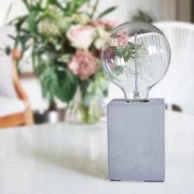 lampe-la-chaise-longue-beton-ampoule-clairesblog