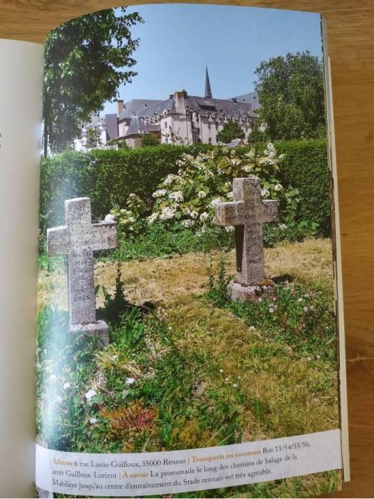plus petit cimetière rennes insolite