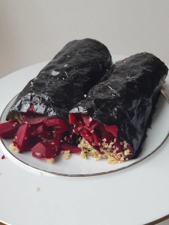 The easiest raw vegan nori roll in the world with hemp seeds and beetroot Quick Recipe