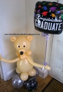 Balloon bear with graduation foil balloon