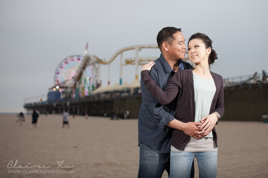 santa-monica-beach-engagement-03