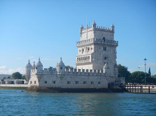 Lisbonne vue du Tage Tour de Belem