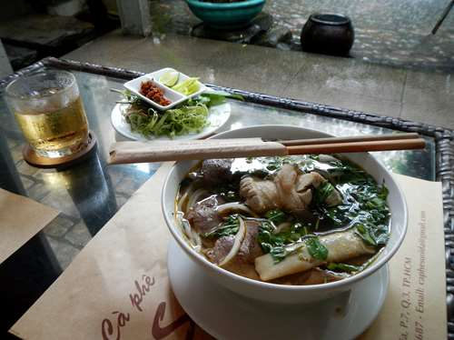 Ho Chi Minh - Vietnam - Petit déjeuner Claironyva