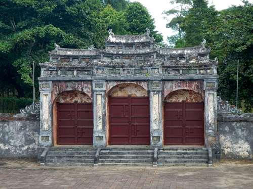 Porte Tombeau Vietnam