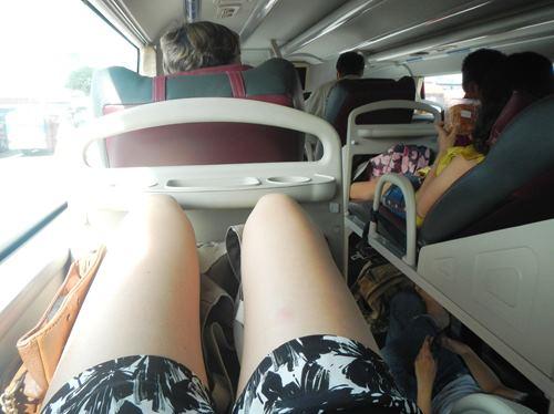 Claironyva-Vietnam-CanTho-bus-couchettes-confort