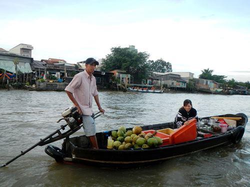 Claironyva-Vietnam-CanTho-marchand