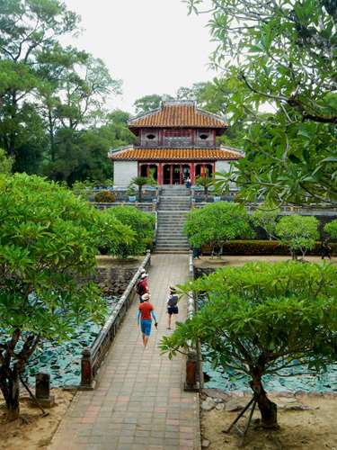 Tombeau Impérial de Minh Mang, Hue