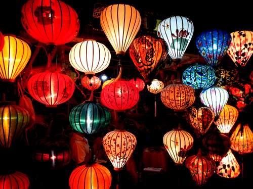 Lanternes à Hoi An Vietnam Claironyva