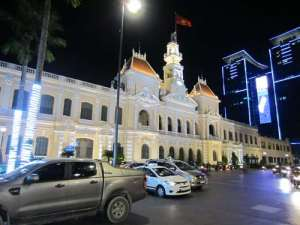 Mairie de Ho Chi Minh by night