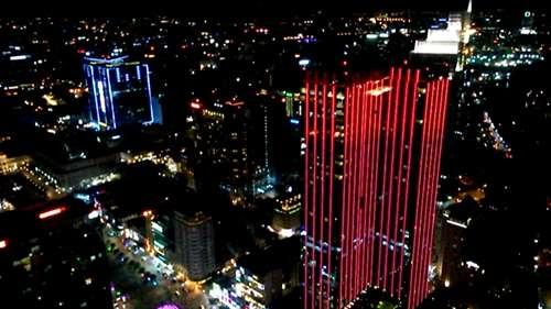 Ho Chi Minh by night vue depuis la tour Bitexco