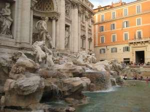Italie-Rome - Fontaine Trevi - Claironyva