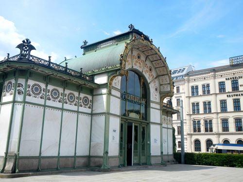 Vienne Claironyva Karlsplatz