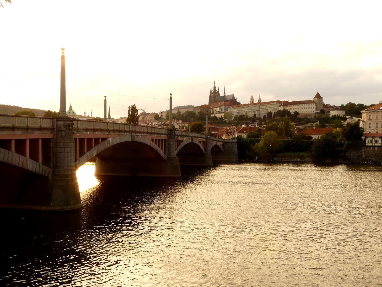 Prague Claironyva Pont