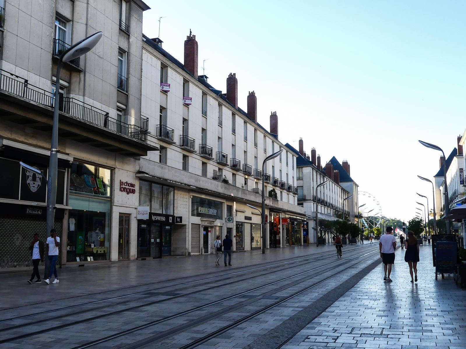 claironyva france touraine val de loire tours rue nationale