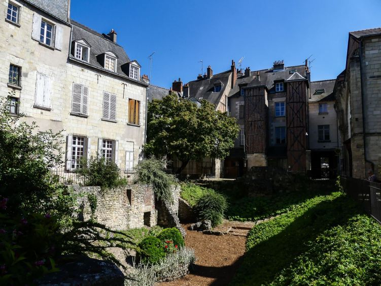 claironyva_tours-vieille ville colombage