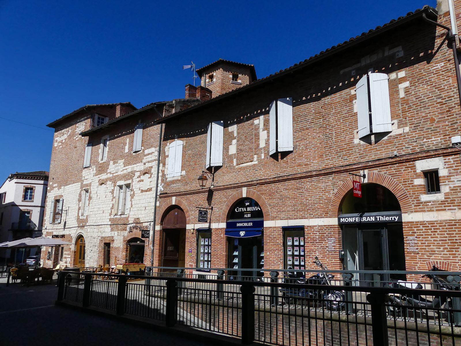 Place Julien à Albi