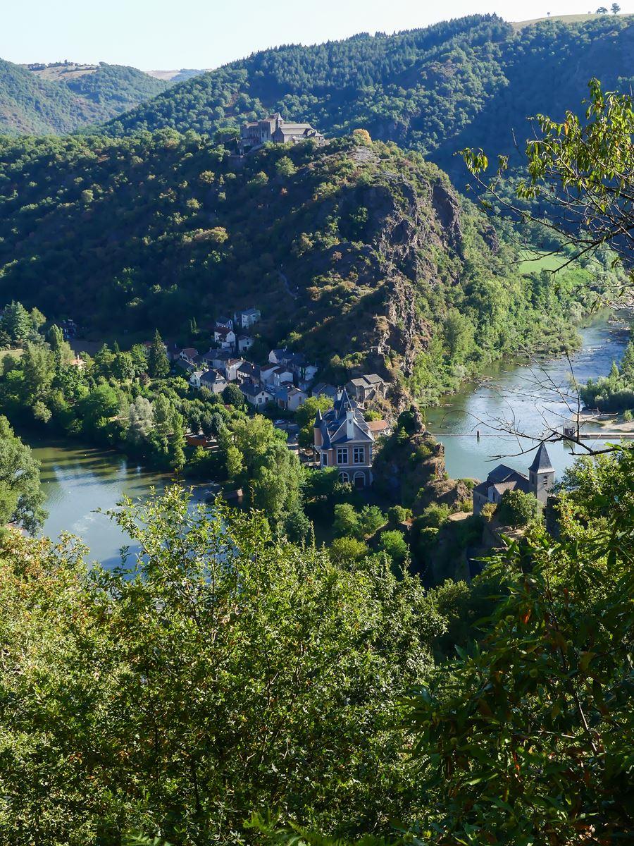 Ambialet grimpette colline vue méandre du Tarn