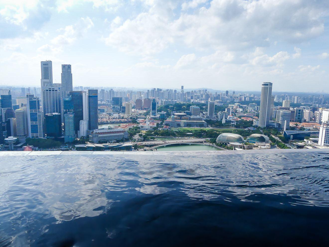 Piscine à débordement du Marina Bay Sands