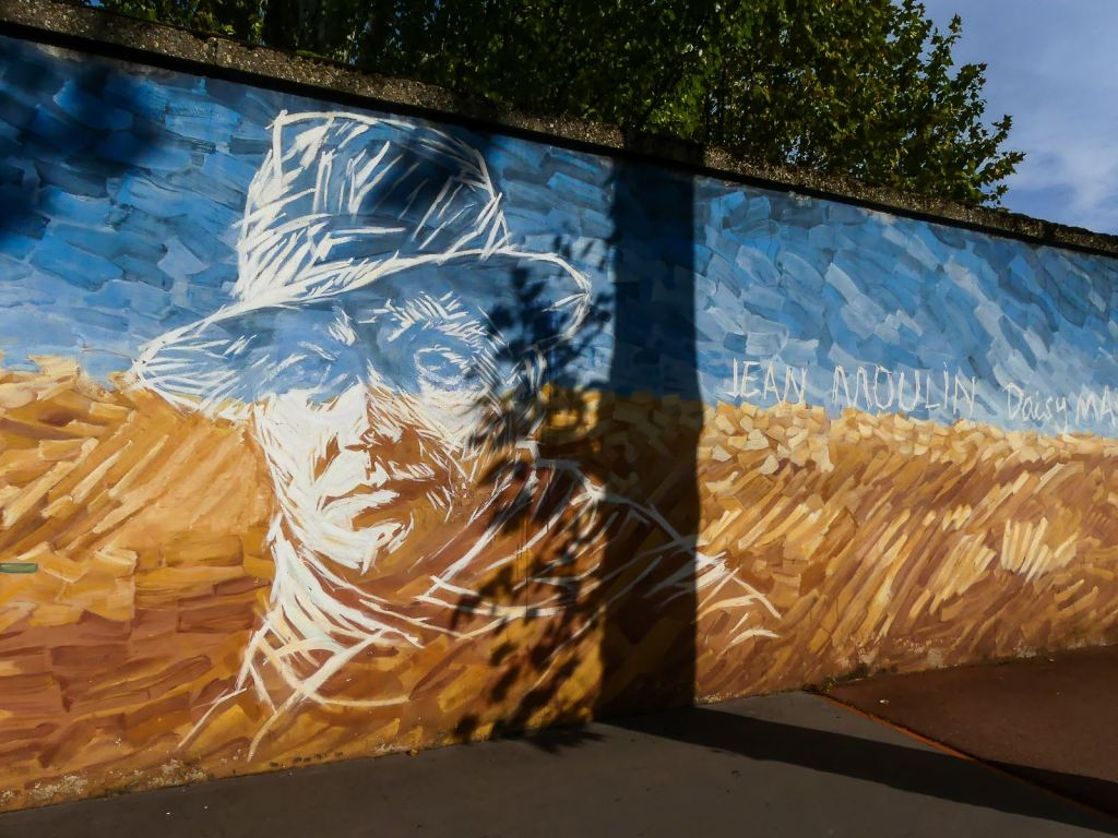 Lyon-fresque Jean Moulin