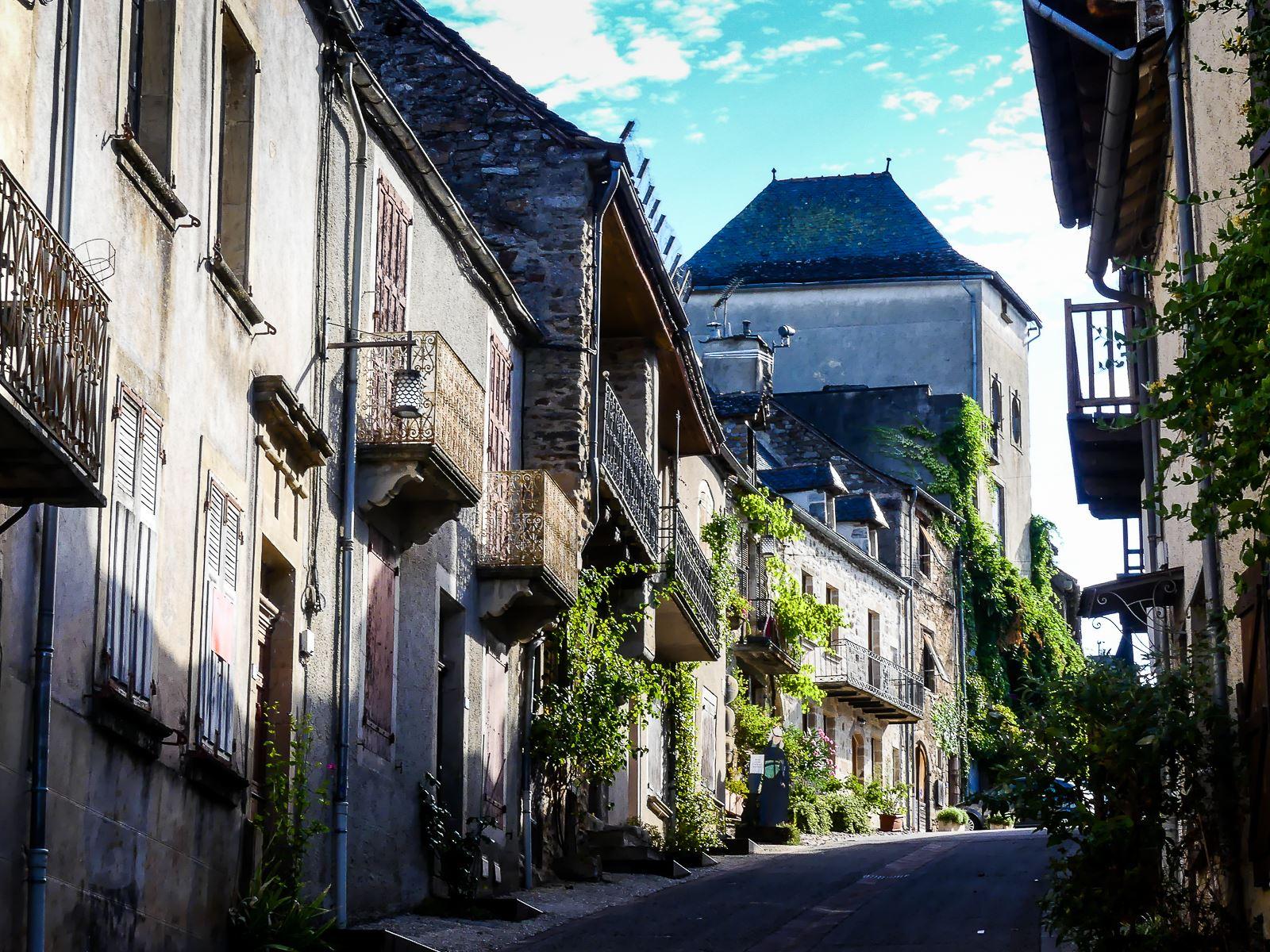 Rue principale de Najac