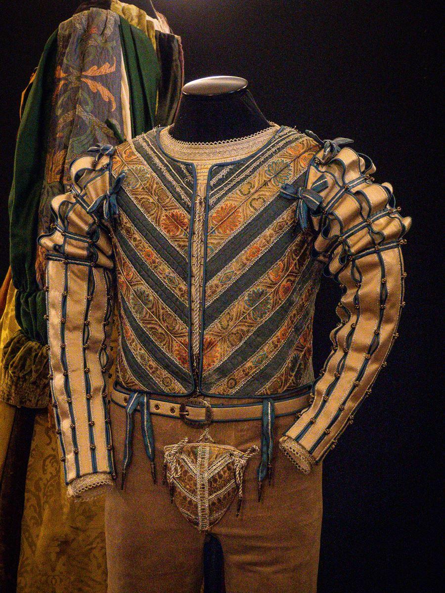 Exposition costumes de la Renaissance - Gramont