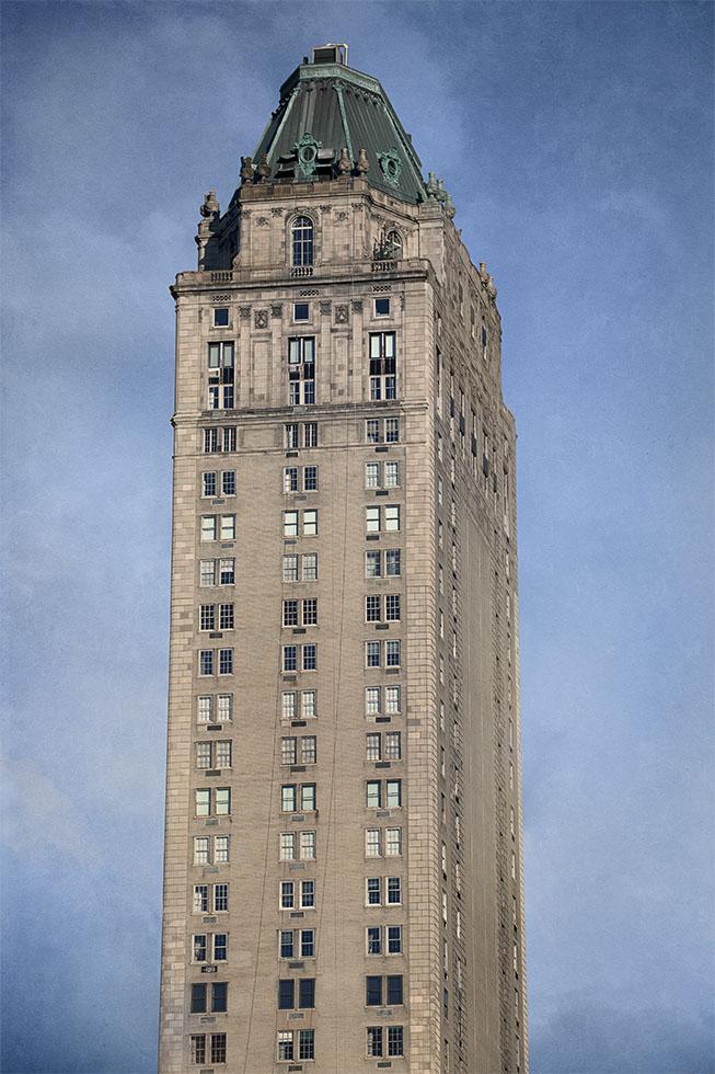 Marc Yankus, Hotel Pierre