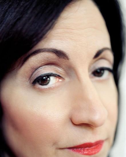 Nicole Schwartz, Untitled (Mom looks back at me)