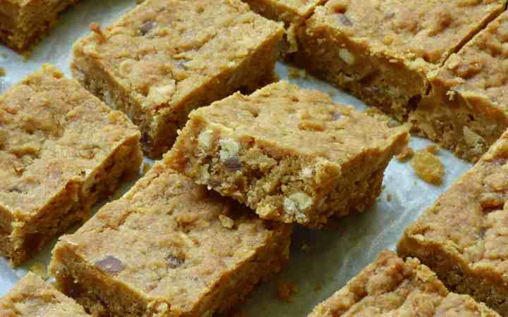 Pieces of Cookie Bars