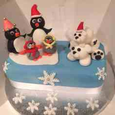 Cake with Fondant cake toppers