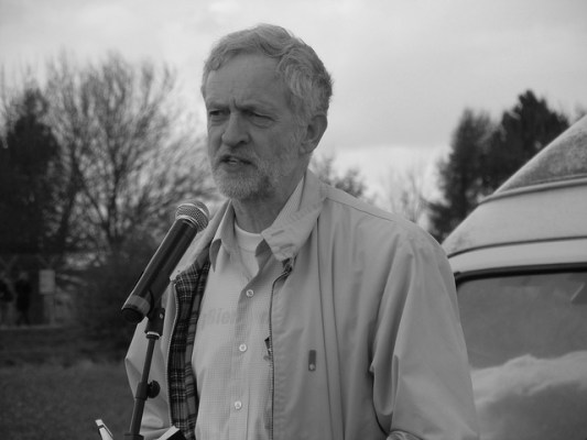 Do you actually need the press? Jeremy Corbyn thinks not