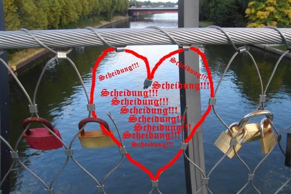 2610 CA Slinkybrücke Schlösser