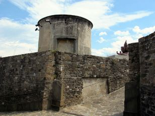 Forte Belvedere, by Saiko (http://commons.wikimedia.org/wiki/User:Sailko), CC License