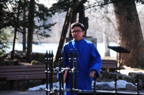 """Lin approaches the Grotto to pray. """"I gave thanks to God for preparing me for such a big moment of my life,"""" Lin said. """"I let God know that I was fully ready to join Him and share in His grace. I was ready to commit my life to better serve Him."""""""