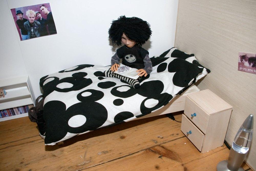 Mock-up of bedroom furniture... (3/3)