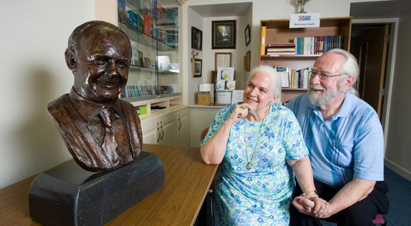 Judith Spencer Merrill and Barry Merrill, who have commissioned the life-size statue of Willie Clancy, with the Willie Clancy bust that was also sculpted by Shane Gilmore. Photograph by John Kelly